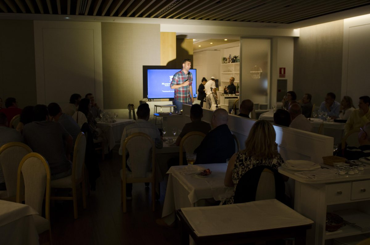 Buenos vinos y buen humor en la última cena maridaje de El Gastrónomo